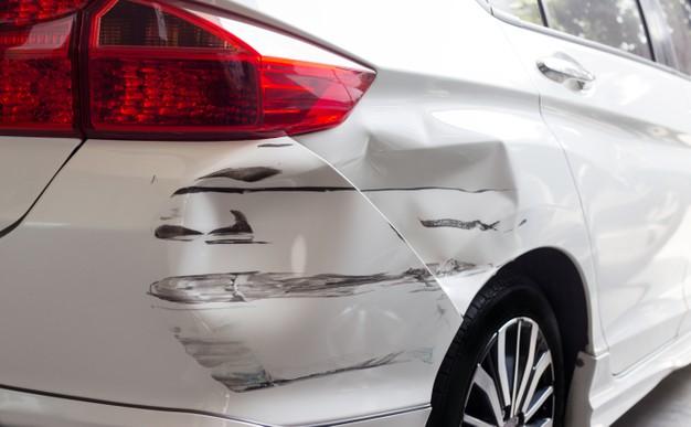 Acionar seguro auto para pequenas avarias é válido?